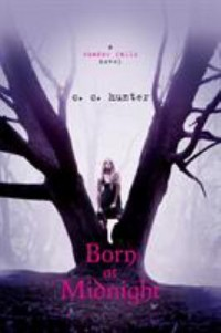 Book cover: Born at midnight av