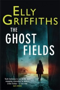 Omslagsbild: The ghost fields av
