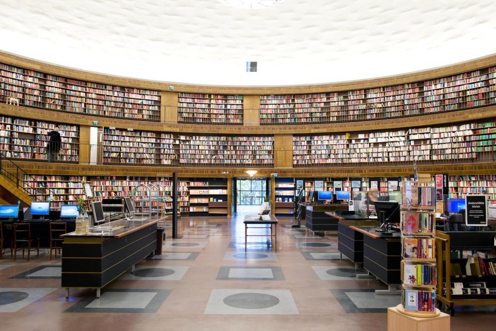 solna centrum bibliotek öppettider